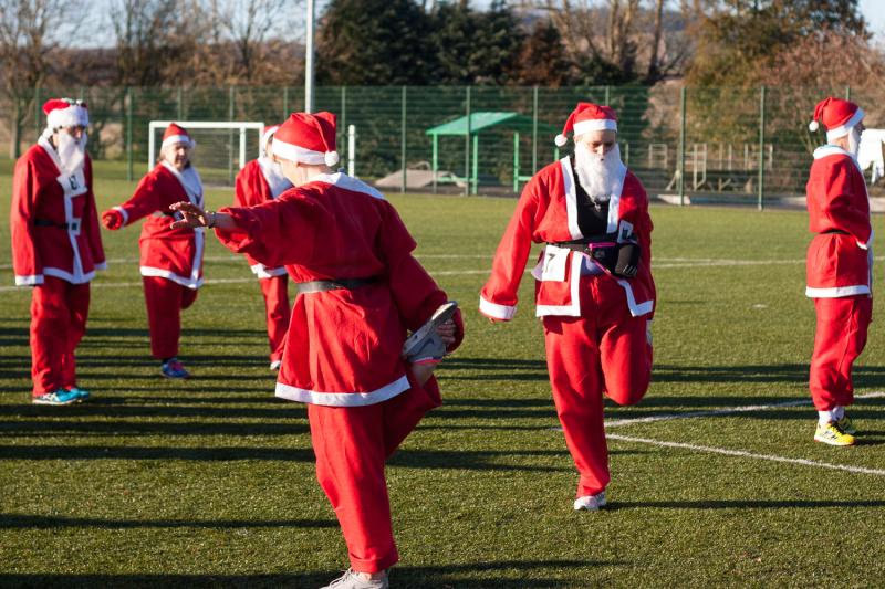 Santas warm up